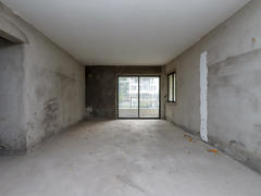 越秀可逸江畔 业主急售越秀可逸江畔大三房价格可谈随时看房二手房效果图