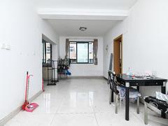 多蓝水岸 5室2厅1厨2卫 142.48m² 普通装修二手房效果图