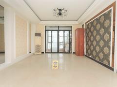 国际花都玫瑰苑 5室3厅1厨2卫 189.0m² 精致装修二手房效果图