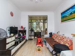 红岗西村 3室1厅1厨1卫 74.5m² 精致装修