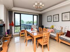 太阳国际公寓 滨江实验,一线江景,樱花跑道20米,享受风和日丽二手房效果图