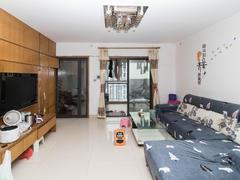 东方明珠城 5室2厅1厨2卫 134.15m² 精致装修二手房效果图