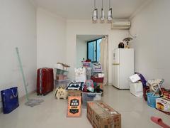 怡康家园 精装小三房,满五年,有锁匙二手房效果图