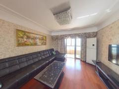 中海国际社区一区 3室2厅1厨2卫 132.0m² 精致装修二手房效果图