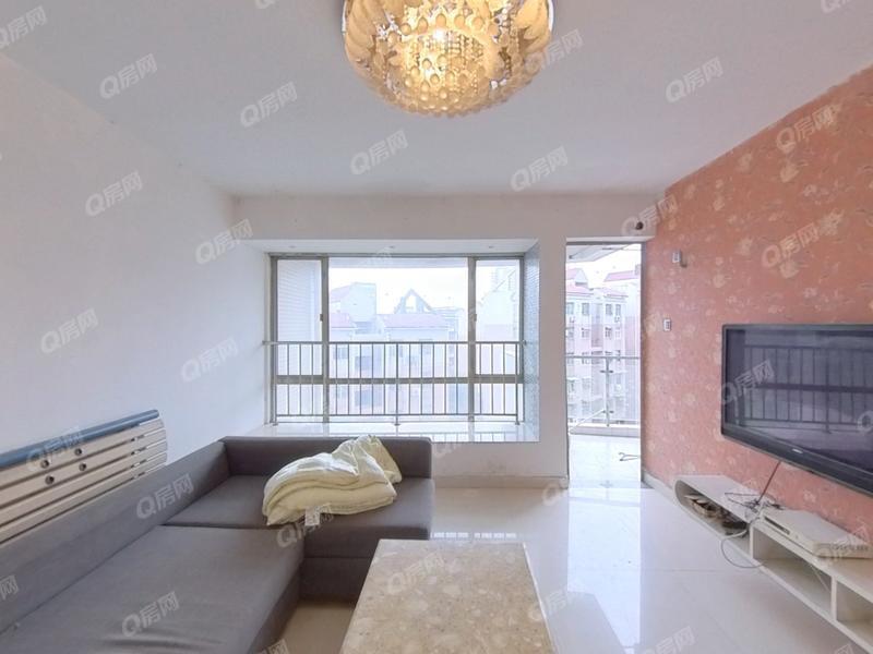 龙凤雅居 ,龙园三期 精致装修 大三房 出售