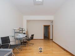 紫荆苑 5室3厅1厨3卫 236.0m² 精致装修二手房效果图