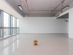 六和城 楼下益田假日广场 毛坯满两年公寓 业主急出售二手房效果图