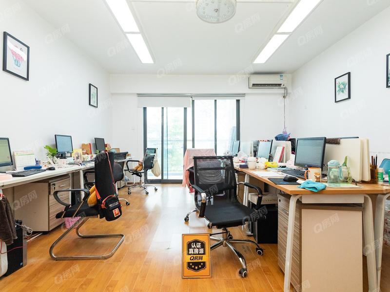 江南华府 龙华文化广场对面,新华中学旁业主急售!
