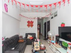 <b class=redBold>松泉公寓</b> 家私电器全齐,拎包入住,楼层好