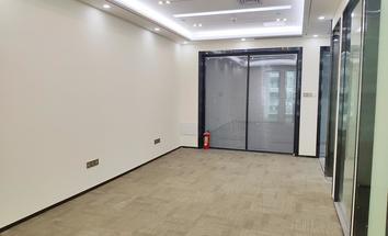 深圳新天世纪商务中心办公室开间照片_新天世纪商务中心 朝北向 3+1格局 全新装修