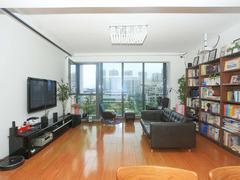 六合天寓 4号楼新上三房 装修保养八九成新 直接好拎包入住二手房效果图