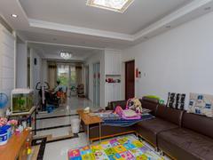 阿卡迪亚五区 3室2厅0厨2卫 126.0m² 普通装修二手房效果图