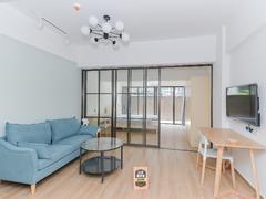 前海铂寓 精装两房诚心出租,看房方便租房效果图