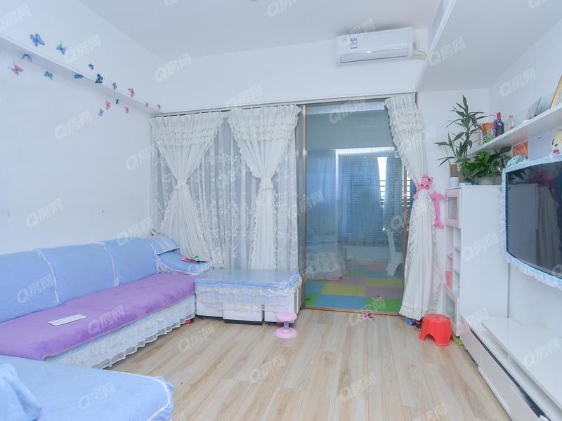 宏发嘉域 急售精装1房1厅家私家电齐全户型方正温馨舒适