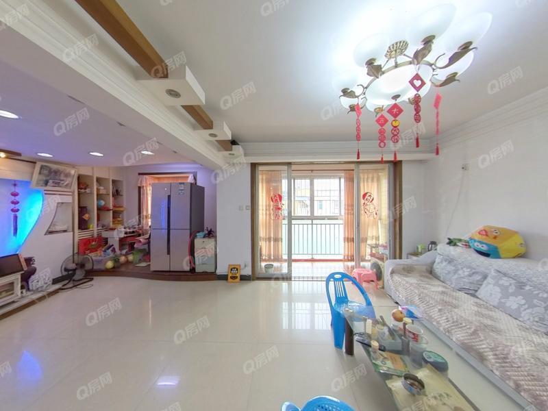 鹏达花园 近地铁,豪华精装复式五房,满五年诚心出售。